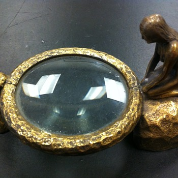 tabletop magnifying glass - Art Deco
