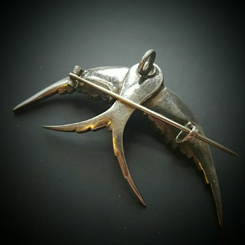 Big Victorian silver and paste swallow. - Fine Jewelry