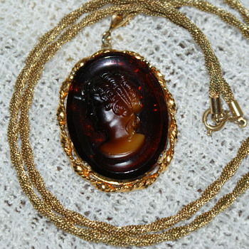 Glass Cameo on Gold-Tone Chain - Costume Jewelry