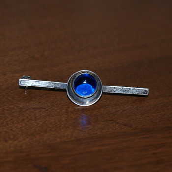 Vintage NE From Bar Pin with Blue Crystal - Fine Jewelry