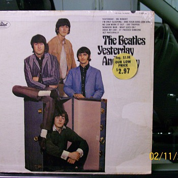 """Beatles Yesterday & Today "" Record Album  - Records"