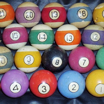 VERY RARE FULL SET of Baseball pocket billiards balls numbered #1-21.