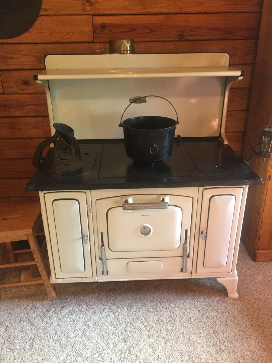 Great Majestic wood cook stove - Show & Tell - Antique And Vintage Stoves Collectors Weekly