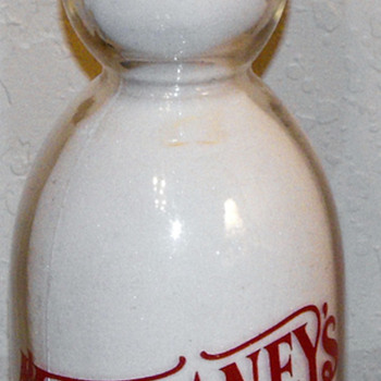 Mcilhaney Dairy Quart Milk Bottle