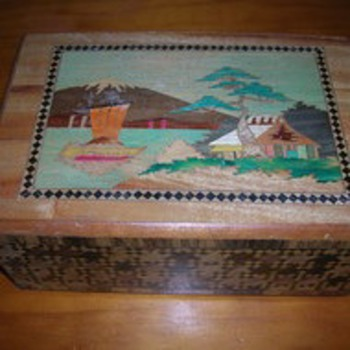 Vintage Japanese Puzzle Box - Asian