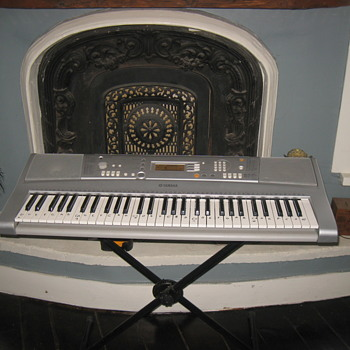 Key Board - Musical Instruments