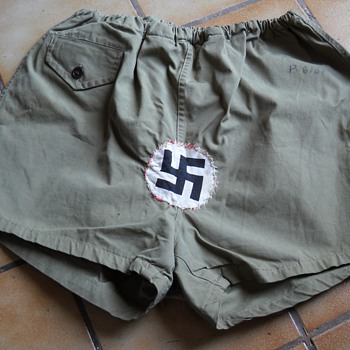 Dad's WWII Schwazsticker Army Shorts - Military and Wartime