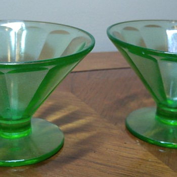 Pair of Uranium Glass Sherbet bowls
