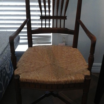 My new antique chair that I love! - Furniture