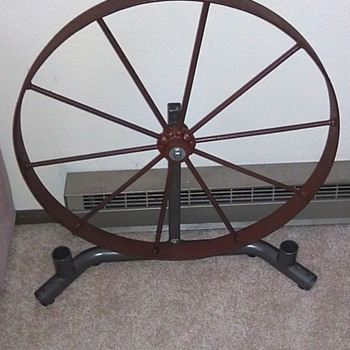 "24"" Wagon Wheel - Tools and Hardware"