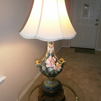 Classy Vintage Large Art Deco Lamp - Lamps
