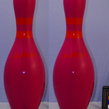 AMF Pink with Fluorescent Neck Band Bowling Pin