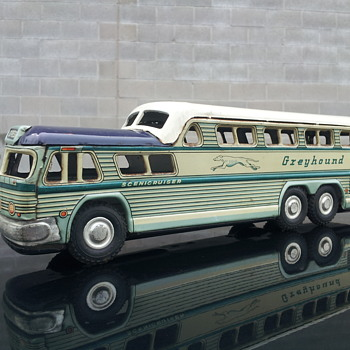 Greyhound Bus Lines  GM Scenicruiser Tin Bus
