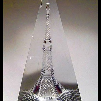 Bohemian Art Glass ( Czech ) -- Eiffel Tower ??