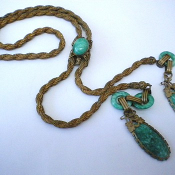 Beautiful Deco, Nouveau? Lariat Glass Necklace