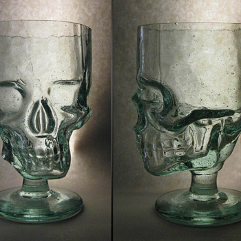 Skull Goblet - Glassware