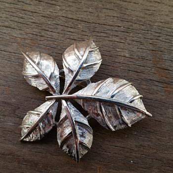 Vintage coro pin