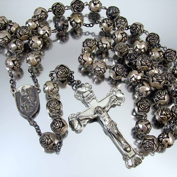 Barbaras sterling silver vintage sterling silver rosary beads and crucifix - Fine Jewelry