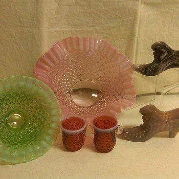 More Pieces in my Fenton Hobnail Collection  - Glassware