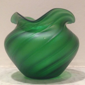 Green satin glass ribbed swirled urn