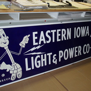 Eastern Iowa Light and Power Porcelain Co-op Sign - Signs