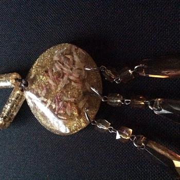 Bakelite pendant