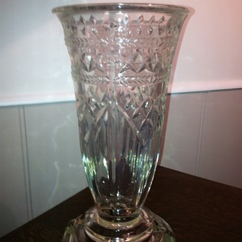 Vase Find ... Help Needed! - Glassware