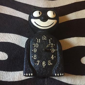 1930s metal kit cat  clock extremely rare - Clocks