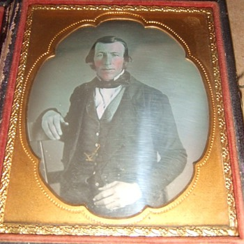 Daguerreotype of an interesting man - Photographs