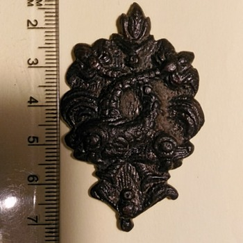 Napoleonic army badge?