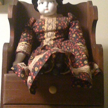 Old Doll - Dolls