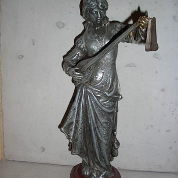 Very old, big women statue - Figurines