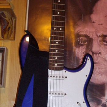 Fender Stratocaster. - Guitars