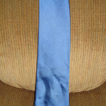 DONALD TRUMP SILK BLUE TIE Only Paid .99 cents