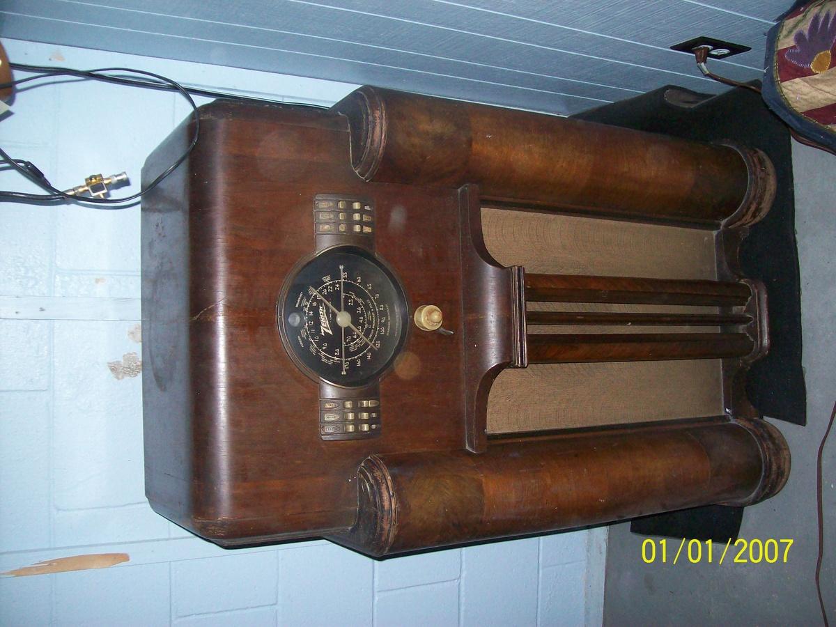 Zenith Vintage Radios 70