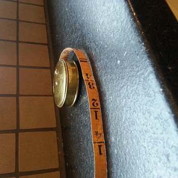 A quirky tape measurement - Sewing