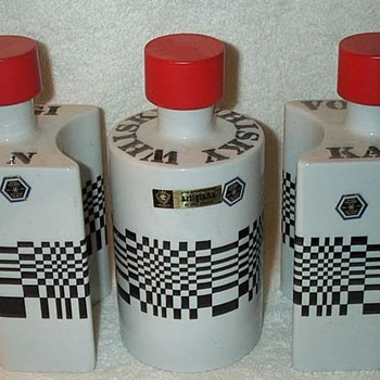 """Op-Art"" Decanter Set - Mid Century Modern"