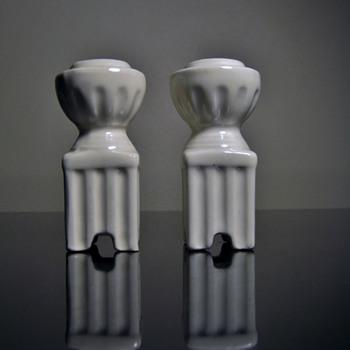 ART DECO CANDLESTICK -CZECHOSLOVAKIA - Art Pottery