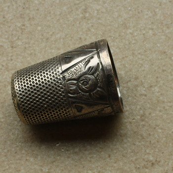 Art deco silver thimble - Sewing