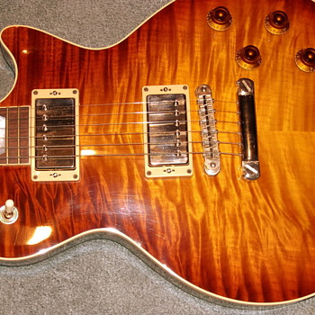 Heritage Les Paul - Guitars
