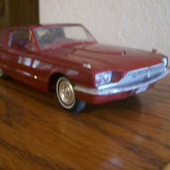1966 Thunderbird Promo Model - Model Cars
