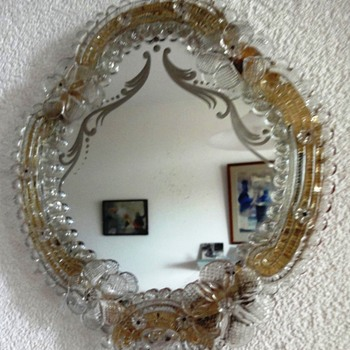 Beautiful Vintage Italian Venetian Murano Glass Vanity Dresser Wall Mirror