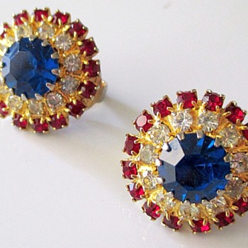 Lovely Earrings, Gorgeous Gems, Not Signed,  Who Made Them
