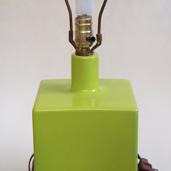 Vintage 1970&#039;s? Lime Green Cube Lamp~Wood Base