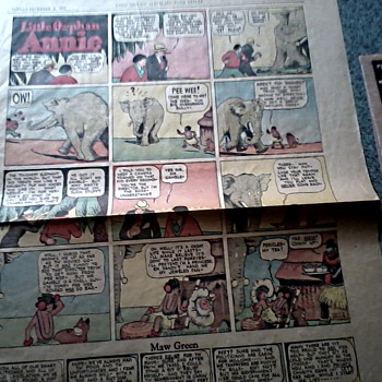 Cleveland Plain Dealer Sunday Comics Section / Taylor's Basement Ad Flyers / Circa 1935 - Paper