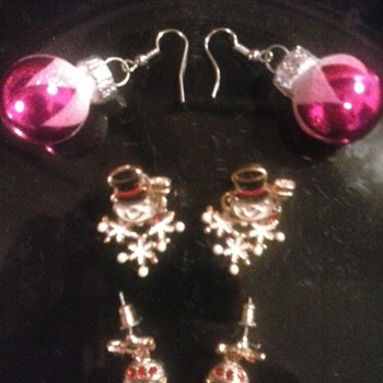 Those Christmas earrings! - Christmas