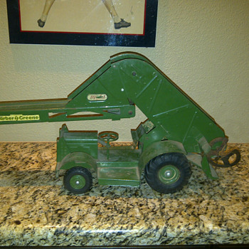 Wm. Doepke Barber & Greene Bucket Loader