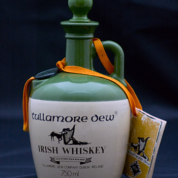 Tullamore Dew Whiskey 1980's Crock/Jug