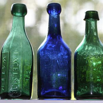 <----Old Pontiled Soda Bottles----> - Bottles