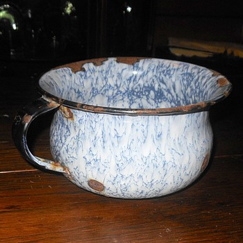 Graniteware Chamber Pot Child Size